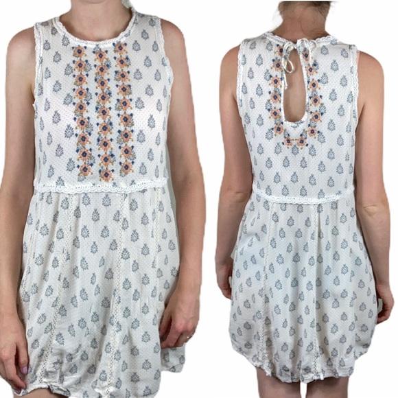 4/$25 Altar'd State Embroidered Floral Dress